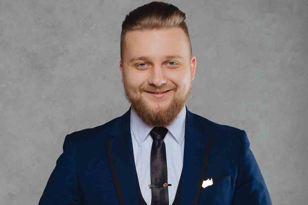 Yuriy-Polyukhovich-video
